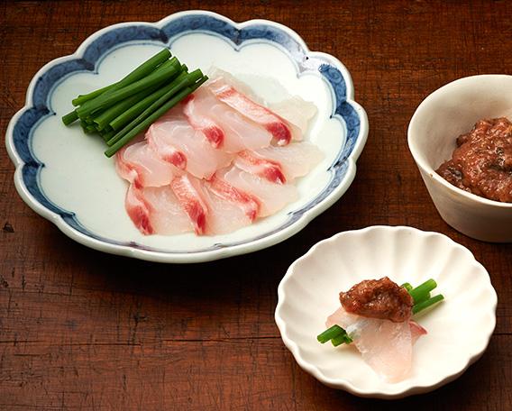 鯛の刺身 梅ごのみ&わさびの画像