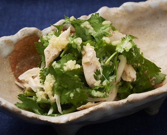 パクチーとささみのサラダの画像