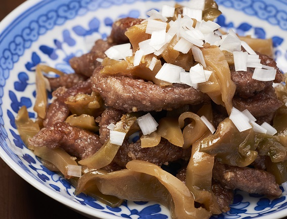 牛肉と榨菜の炒め物