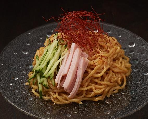 韓国風冷やし麺の画像