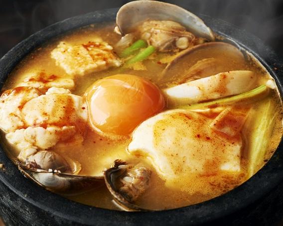 豆腐チゲ(スンドゥブ)の画像